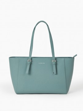 Commodious Chic Tote